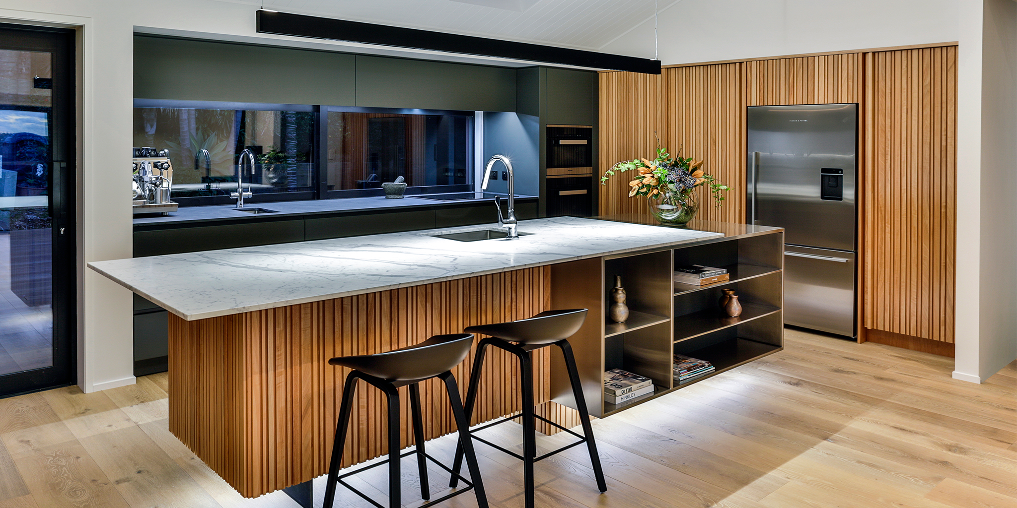 Veneer Tawa Kira Gray, Fyfe Kitchens